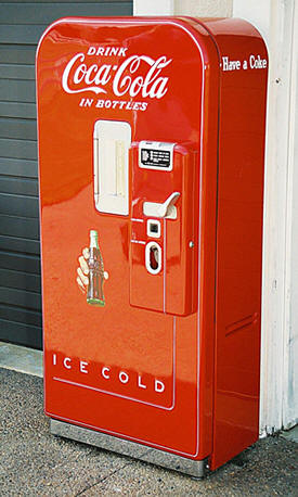 Vendo 39 Coke Soda Machine Vintage Retro Bitw